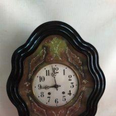 Relojes de pared: ANTIGUO RELOJ OJO DE BUEY CON NÁCAR SIGLO XIX. Lote 214119573