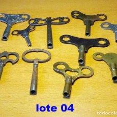 Relojes de pared: LOTE 04, 10 LLAVES DIFERENTES PARA RELOJES. Lote 214319788