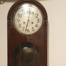 Relojes de pared: RELOJ DE PARED PENDULO. Lote 216825193