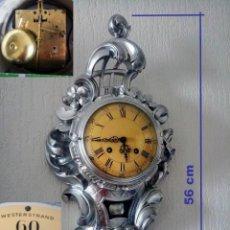 Relojes de pared: ANTIGUO CARTEL SUECO, DE MADERA, RELOJ DE MESA, CON UN NUEVO ASPECTO.. Lote 216943437
