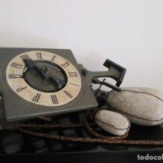 Relojes de pared: RARO RELOJ GRAMANS MADE IN ESPAIN AÑOS 60- 70. Lote 217782208