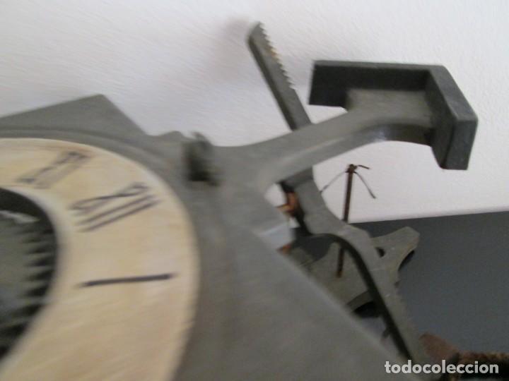 Relojes de pared: RARO RELOJ GRAMANS MADE IN ESPAIN AÑOS 60- 70 - Foto 6 - 217782208