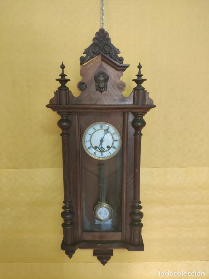 RELOJ DE PARED CON PÉNDULO SIGLO XX, 6000-070C (Relojes - Pared Carga Manual)