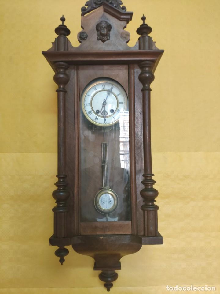 Relojes de pared: RELOJ DE PARED CON PÉNDULO SIGLO XX, 6000-070C - Foto 2 - 217844086