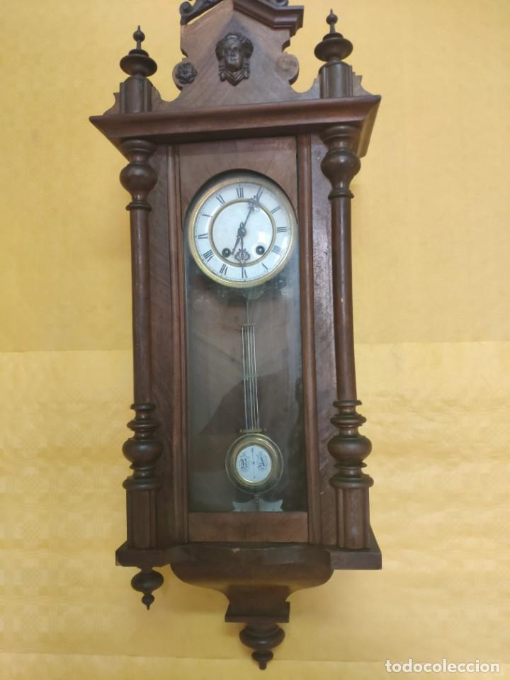 Relojes de pared: RELOJ DE PARED CON PÉNDULO SIGLO XX, 6000-070C - Foto 3 - 217844086