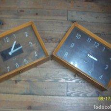 Relojes de pared: PAREJA DE RELOJES- FUNCIONAN. Lote 218037051
