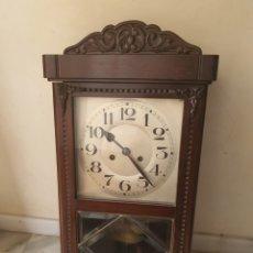Relojes de pared: BONITO RELOJ DE PARED, FUNCIONANDO. Lote 218082913