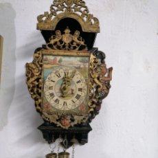 Relojes de pared: RELOJ FUNCIONANDO. Lote 219490372