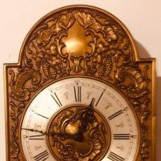 Relojes de pared: RELOJ PARED TEMPUS FUGIT FUNCIONANDO. Lote 221132772