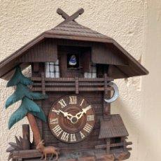 Relojes de pared: ANTIGUO RELOJ DE CUCO!FUNCIONA!. Lote 221732002