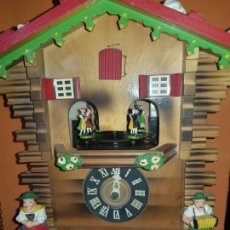 Relojes de pared: RELOJ DE CUCO,FIGURAS EN MOVIMIENTO,MUSICAL. Lote 222296595