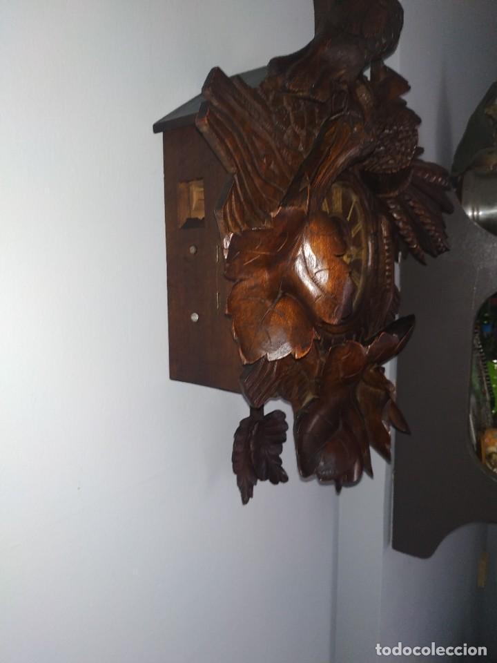 RELOJ ANTIGUO DE PARED SELVA NEGRA (Relojes - Pared Carga Manual)