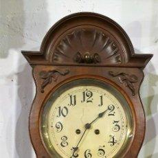 Relojes de pared: ANTIGUO RELOJ DE PARED. Lote 224358246