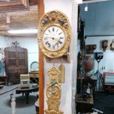 Relojes de pared: RELOJ DE PÉNDULO REAL PINTADO. Lote 228558145
