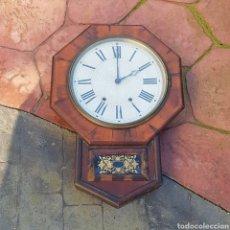 Relojes de pared: ANTIGUO RELOJ A CUERDA DE PARED. Lote 229158595