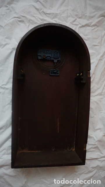 Relojes de pared: ANTIGUO RELOJ DE PARED CON LLAVE - Foto 3 - 229304525