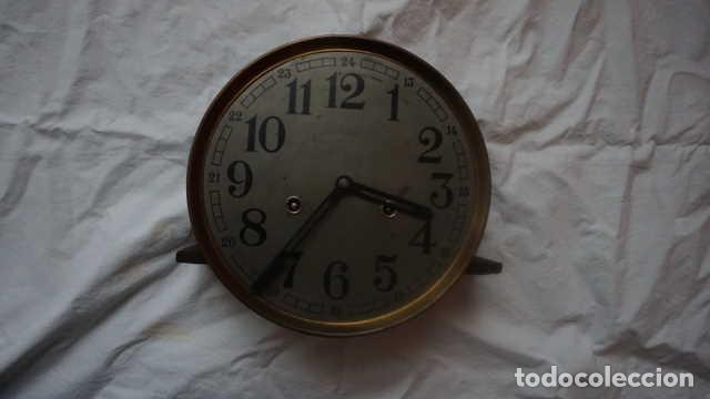 ANTIGUO RELOJ DE PARED CON LLAVE (Relojes - Pared Carga Manual)