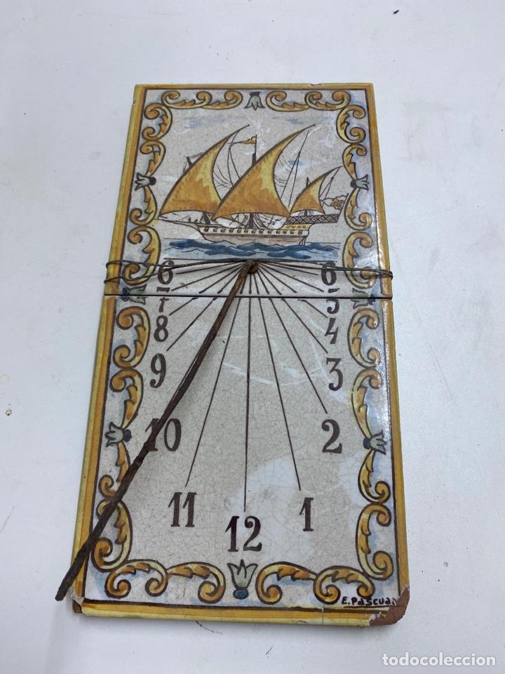 ANTIGUO RELOJ DE SOL (Relojes - Pared Carga Manual)