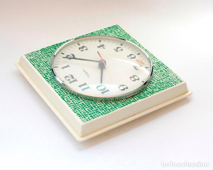 Relojes de pared: Reloj vintage de cocina o pared retro Diehl electromecánico, Nuevo de antiguo stock! Funciona. - Foto 5 - 230580850