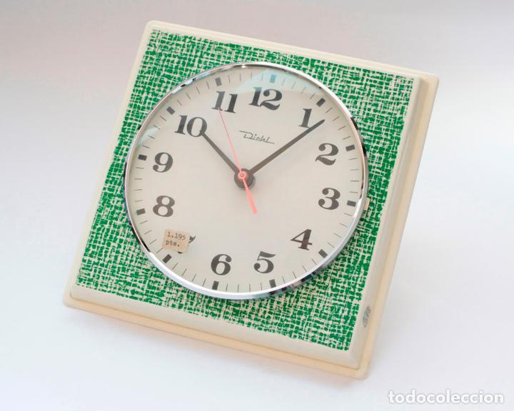 RELOJ VINTAGE DE COCINA O PARED RETRO DIEHL ELECTROMECÁNICO, NUEVO DE ANTIGUO STOCK! FUNCIONA. (Relojes - Pared Carga Manual)