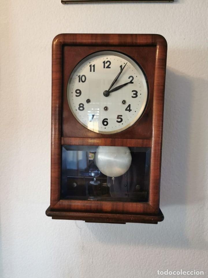 PRECIOSO RELOJ DE PARED MADE IN GERMANY CON SONERIA (Relojes - Pared Carga Manual)