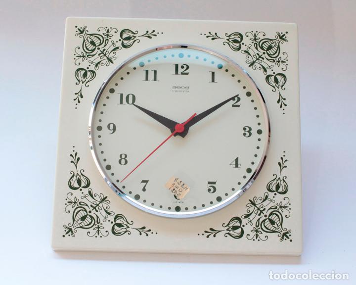 Relojes de pared: Reloj vintage de cocina o pared Gong electromecánico, Nuevo de antiguo stock! NO Funciona - Foto 3 - 231227550