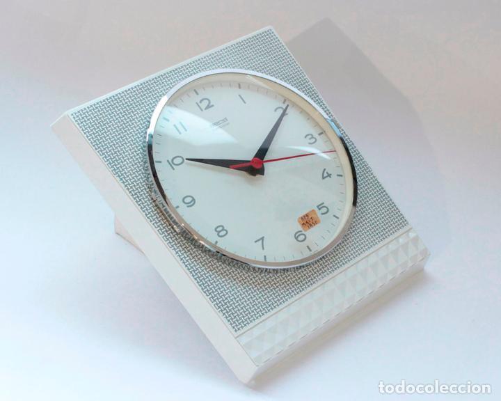 Relojes de pared: Reloj vintage de cocina o pared Gong electromecánico, Nuevo de antiguo stock! Funciona y se para - Foto 2 - 231230410