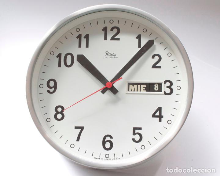 Relojes de pared: Reloj vintage de cocina o pared Micro electromecánico, de antiguo stock! NO Funciona - Foto 3 - 231502645