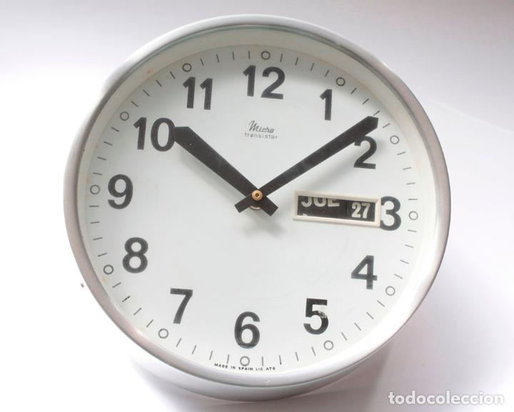 Relojes de pared: Reloj vintage de cocina o pared Micro electromecánico, de antiguo stock! NO Funciona - Foto 4 - 231502885