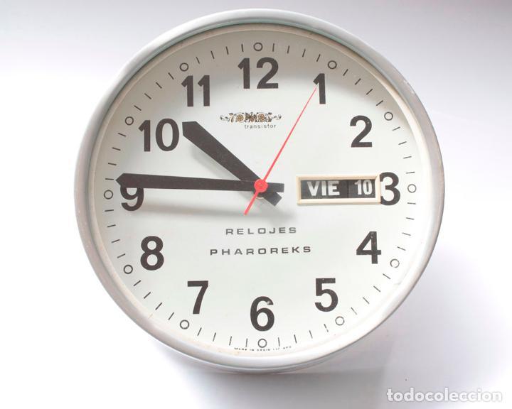 Relojes de pared: Reloj vintage de cocina o pared Micro Pharoreks (A Coruña) electromecánico, NO Funciona - Foto 3 - 231503365