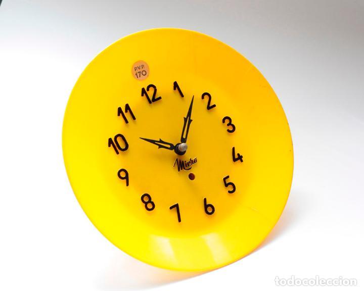 Relojes de pared: Reloj vintage de cocina o pared Micro mecánico plato, de antiguo stock! NO Funciona. ver fotos - Foto 2 - 231512235