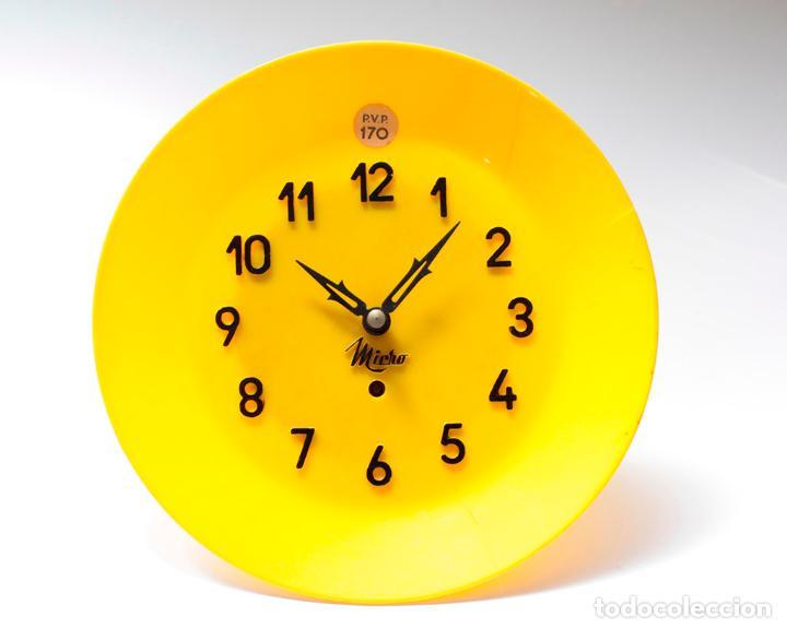 Relojes de pared: Reloj vintage de cocina o pared Micro mecánico plato, de antiguo stock! NO Funciona. ver fotos - Foto 3 - 231512235