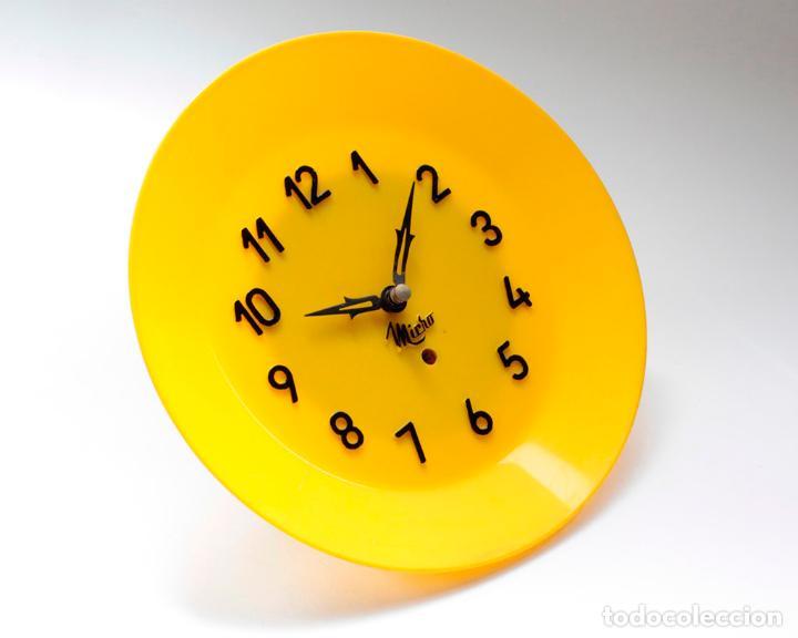Relojes de pared: Reloj vintage de cocina o pared Micro mecánico plato, de antiguo stock! NO Funciona. ver fotos - Foto 2 - 231512425