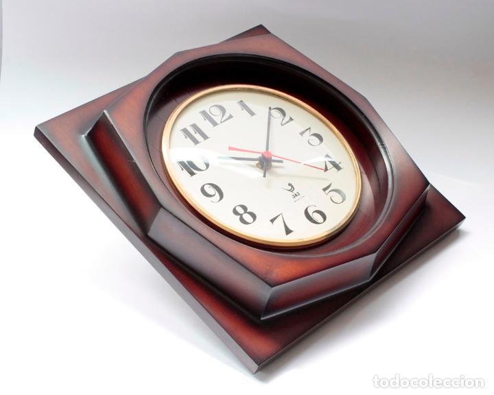 Relojes de pared: Reloj vintage de pared Jaz electromecánico, de antiguo stock! Funciona. - Foto 2 - 231513655