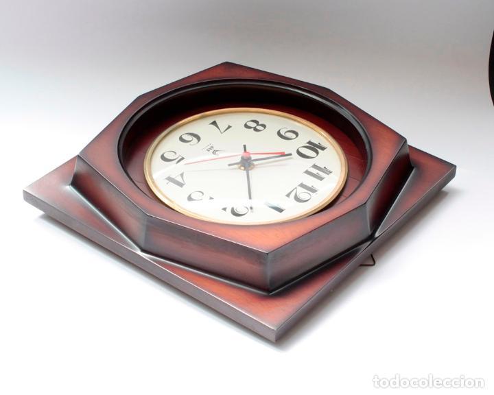 Relojes de pared: Reloj vintage de pared Jaz electromecánico, de antiguo stock! Funciona. - Foto 3 - 231513655