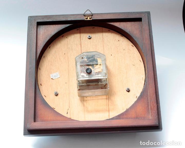 Relojes de pared: Reloj vintage de pared Jaz electromecánico, de antiguo stock! Funciona. - Foto 5 - 231513655