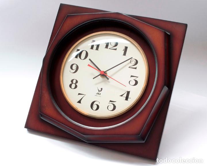 RELOJ VINTAGE DE PARED JAZ ELECTROMECÁNICO, DE ANTIGUO STOCK! FUNCIONA. (Relojes - Pared Carga Manual)
