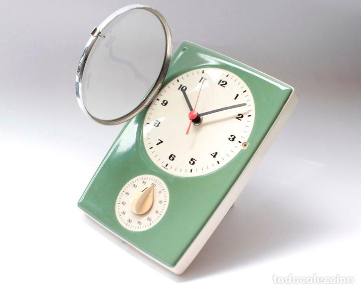 Relojes de pared: Reloj vintage de pared o cocina con temporizador electromecánico de porcelana, NOS. NO Funciona. - Foto 3 - 231517910