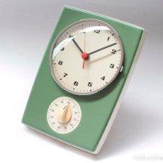 Relojes de pared: RELOJ VINTAGE DE PARED O COCINA CON TEMPORIZADOR ELECTROMECÁNICO DE PORCELANA, NOS. NO FUNCIONA.. Lote 231517910