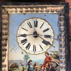 Relojes de pared: ANTIGUO RELOJ RATERA CON ESFERA DE PORCELANA PINTADA A MANO, SIGLO XVIII. A RESTAURAR O PARA PIEZAS. Lote 235663010