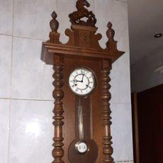 Relojes de pared: IMPRESIONANTE RELOJ DE PARED, MUY BUEN ESTADO, FUNCIONANDO.. Lote 235988425