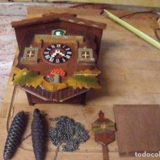 Relojes de pared: ANTIGUO CUCO DE MADERA SELVA NEGRA DE ALEMANIA- LOTE 349- COMPLETO - A RESTAURAR. Lote 236240580