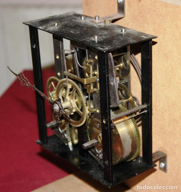 Relojes de pared: ANTIGUA MAQUINA RELOJ MOREZ - OJO DE BUEY - ULL DE BOU - FUNCIONA - Foto 3 - 238182430
