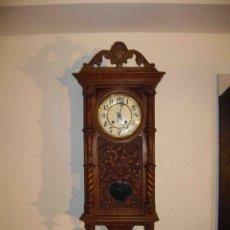 Relojes de pared: RELOJ PARED MADERA TALLADA. Lote 238492040