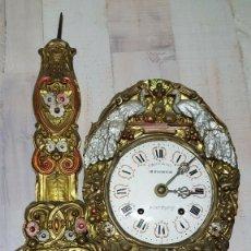Horloges murales: PRECIOSO RELOJ MOREZ DE PESAS-AÑO 1890-LOTE 360. Lote 242903330
