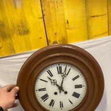 Relojes de pared: ANTIGUO Y PRECIOSO RELOJ DE PARED!. Lote 243077135