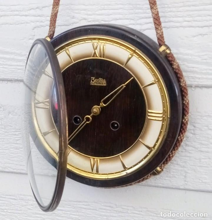 Relojes de pared: Reloj de pared vintage, Zentra, de cordón con gong, ref 01 - Foto 7 - 243248695