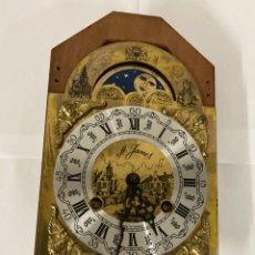 Relojes de pared: RELOJ FRANZ HERMELE LUNAR DE TIPO PARED PARA ARREGLAR MADE IN HOLLAND. Lote 243893325