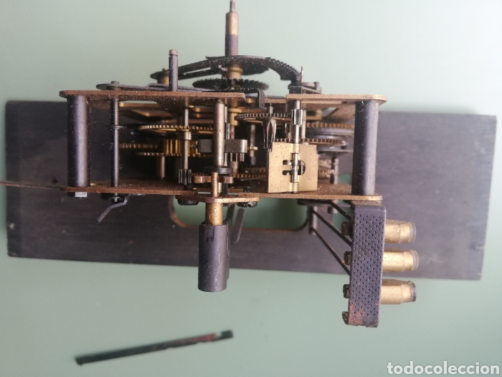 Relojes de pared: MAQUINARIA POSIBLE RELOJ DE PARED CUCO - FEINTECHINK MADE IN GERMANY - Foto 2 - 244492185