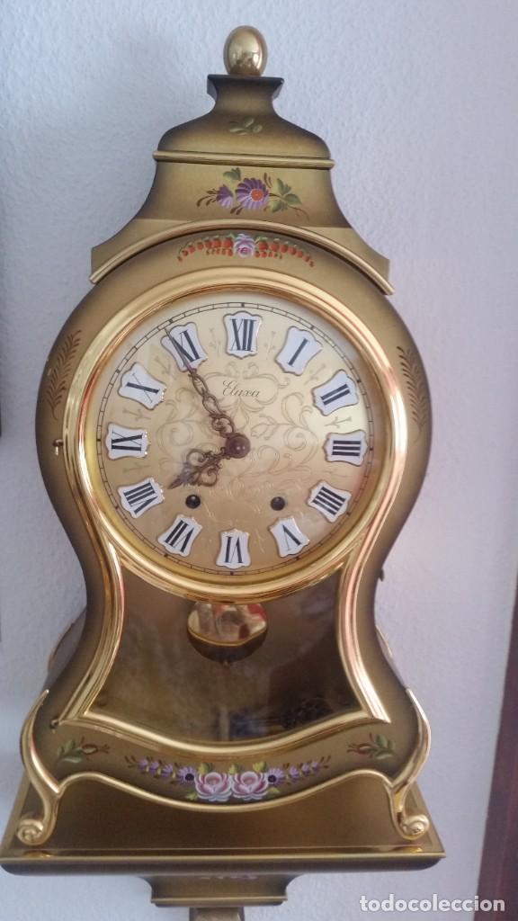 ANTIGUIO Y PRECIOSO RELOG ELUXA HECHO MADERA Y PINTAD MANO FONCIONA PERFECTO,TOCA LAS CAMPANAS AN 30 (Relojes - Pared Carga Manual)